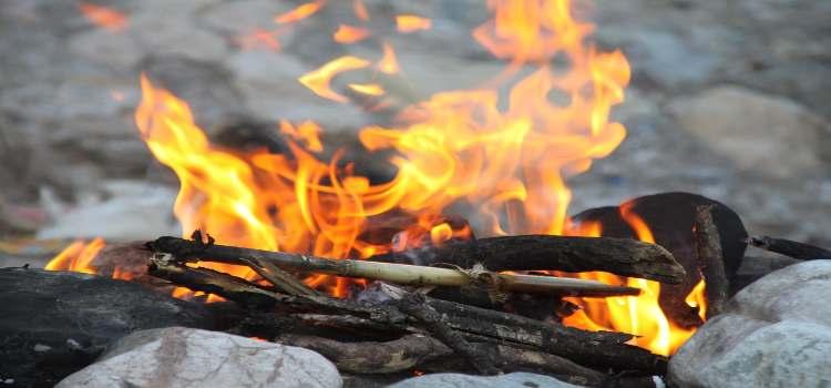 Bild von einem Lagerfeuer