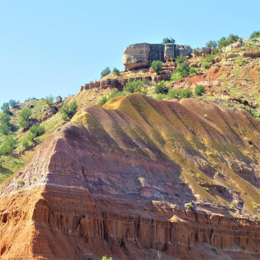 Der Palo Duro Canyon mit seinen roten Gesteinsschichten.